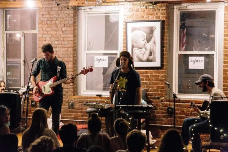 Altre di B, l'unica band italiana invitata alla Indie Week di Toronto!